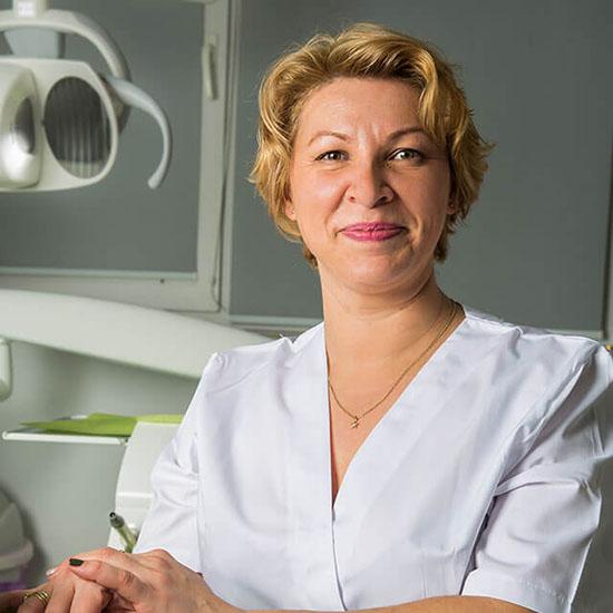 Dreossi-dental-asistenta-medicala-Alina-Frentescu